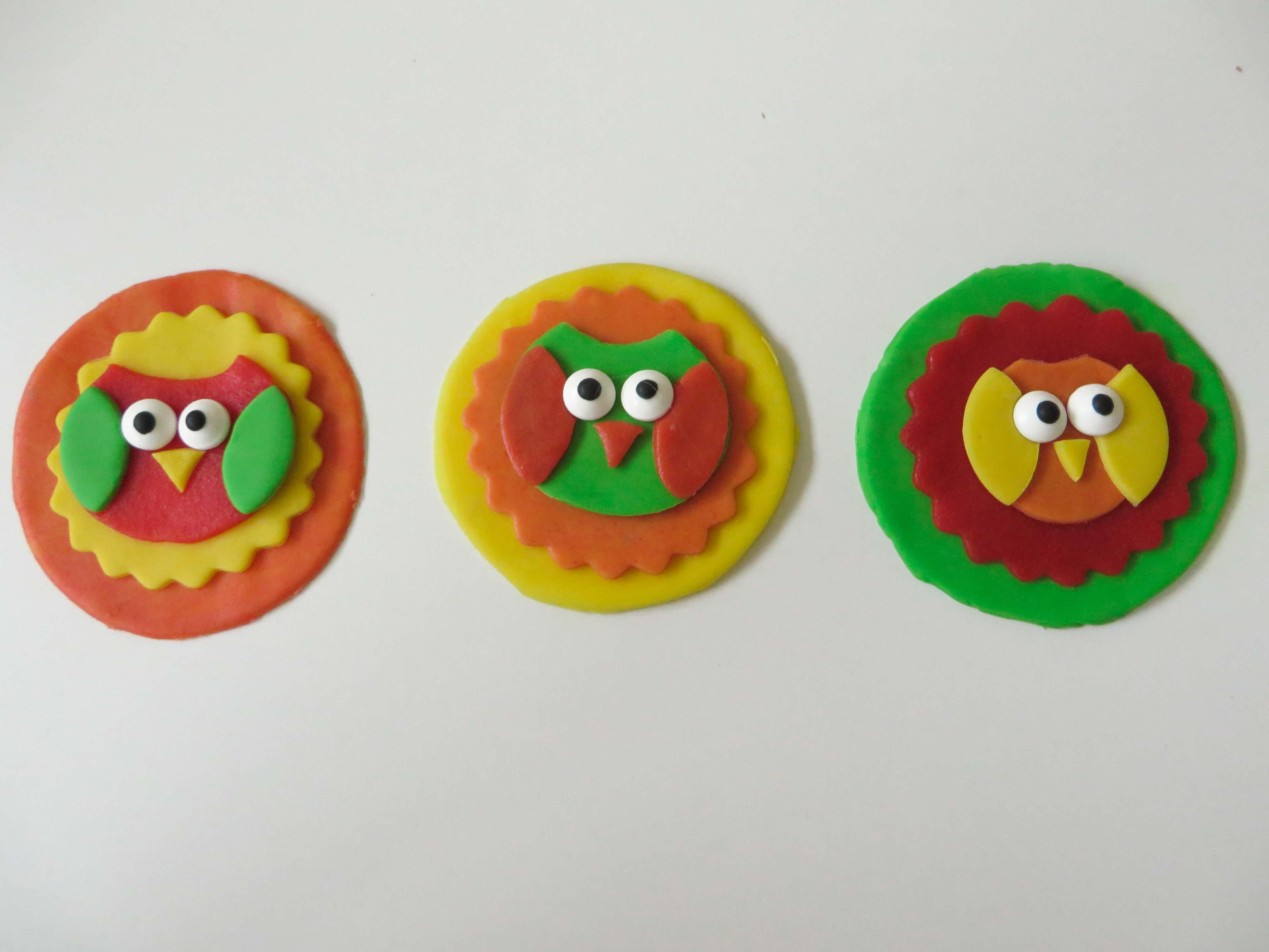fondantschildjes voor op cupcakes voor carnaval