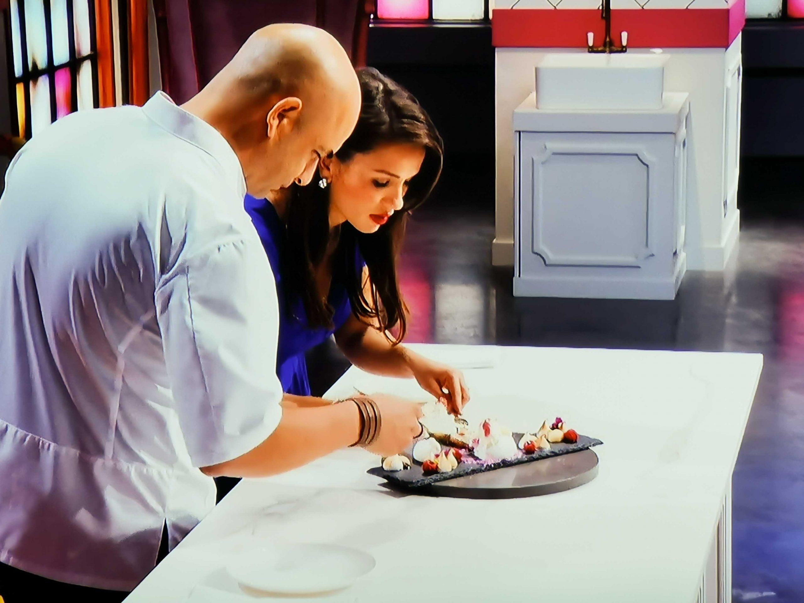 Zumbo en Rachel proeven een dessert